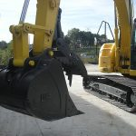 excavator thumb by blue diamond attachments