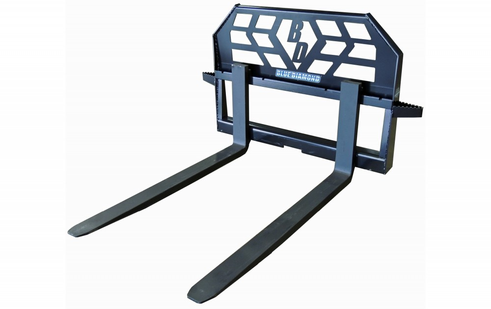 Pallet Fork – 4,000 Lbs. Capacity Tractor Image & Features